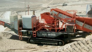 UH440i Mobile Cone Crusher